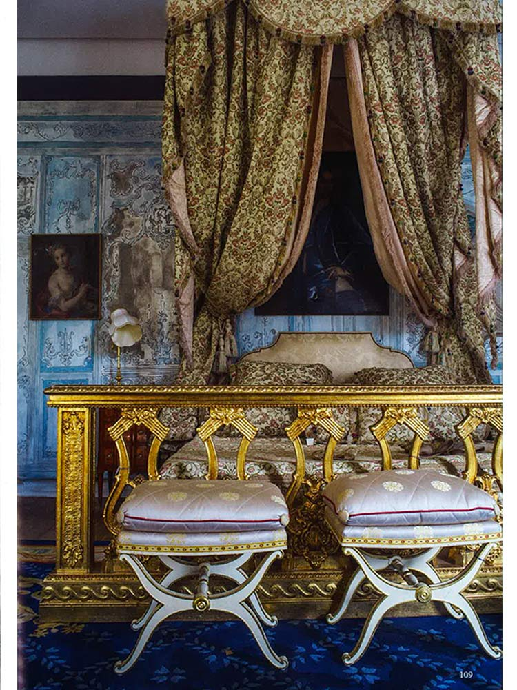 world-of-interiors-decembre-2018-suite-royale-au-fil-des-couleurs-vincent-darre
