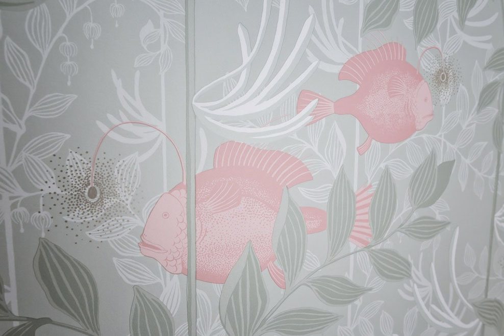 Papier peint Nautilus de Cole and Son disponible chez Au fil des Couleurs. © Maryline Krynicki
